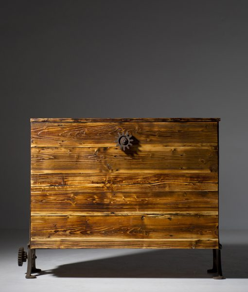 szafka-stare-drewno-drewniana-1