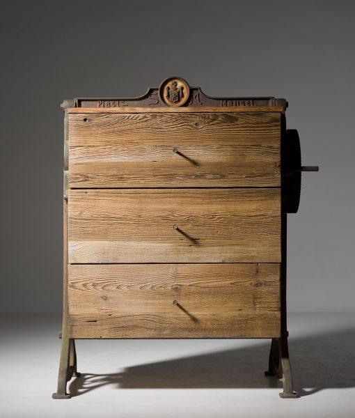 szafka-stare-drewno-retro-3