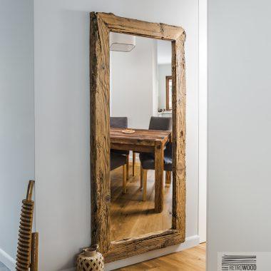lustro ze starego drewna