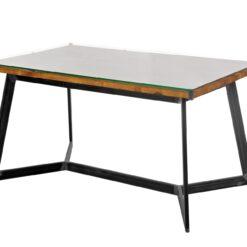 Stół z prostą podstawą wykonaną ze stalowych profili w naturalnym kolorze. Blat wykonany z połączenia starego drewna przykrytego taflą szkła hartowanego.
